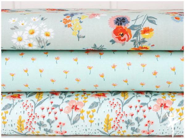 ♥ Stoffpaket 1,5 Meter Mint/Weiß Blumen Baumwolle ♥